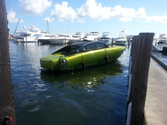 custom-revolver-boat-wrap