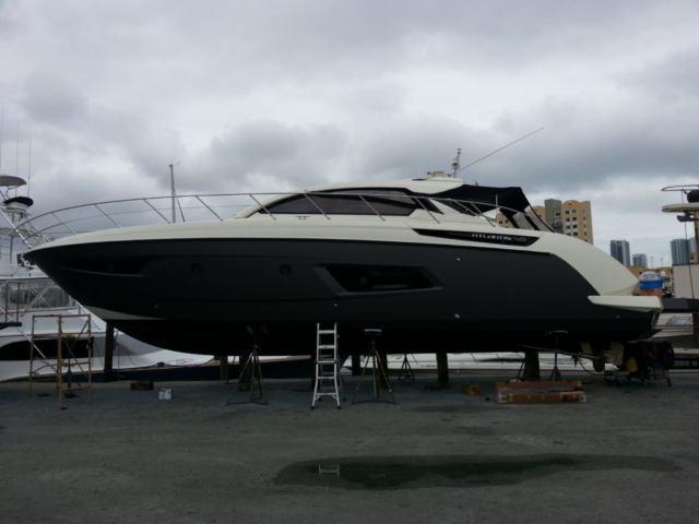 blacked-out-boat-wraps