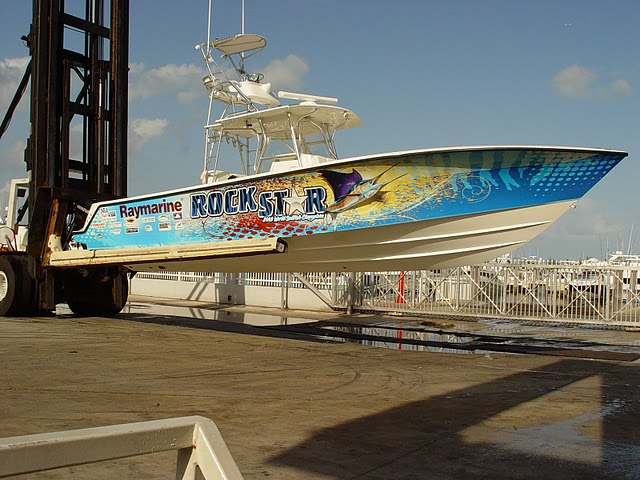 business-boat-graphics-florida