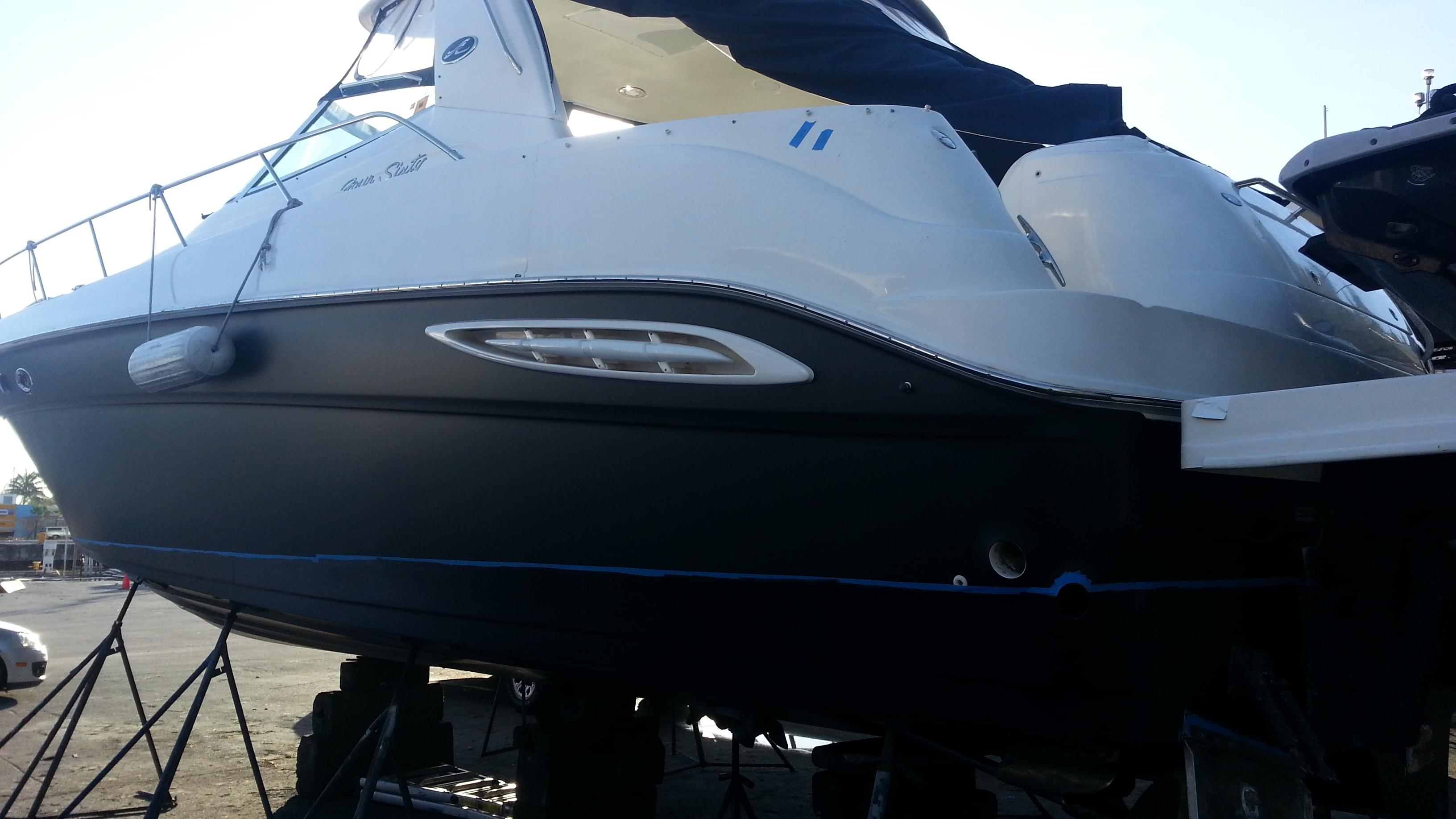 matte-black-boat-wraps-miami