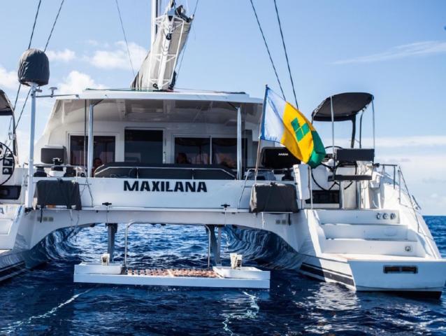 maxilana-boat-wrap