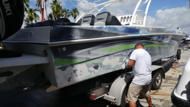 vinyl-hull-wrap-protectiojn-florida