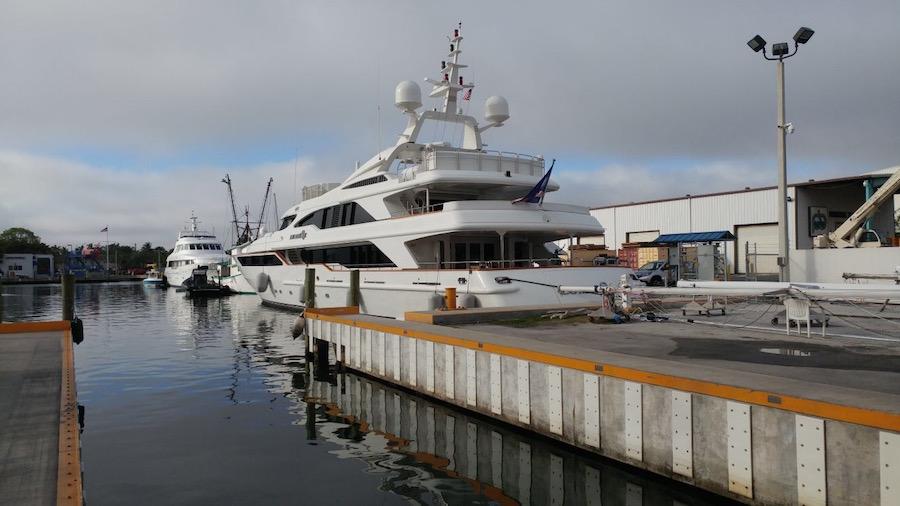 yacht-wrap-vs-paint-florida