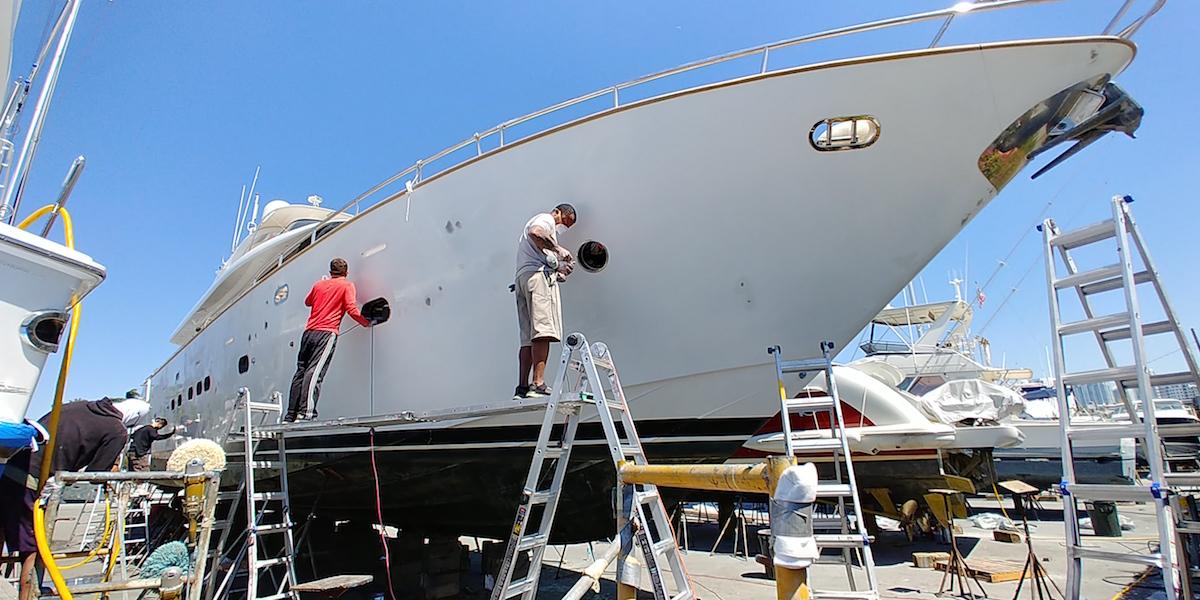 85_foot_boat_wrap