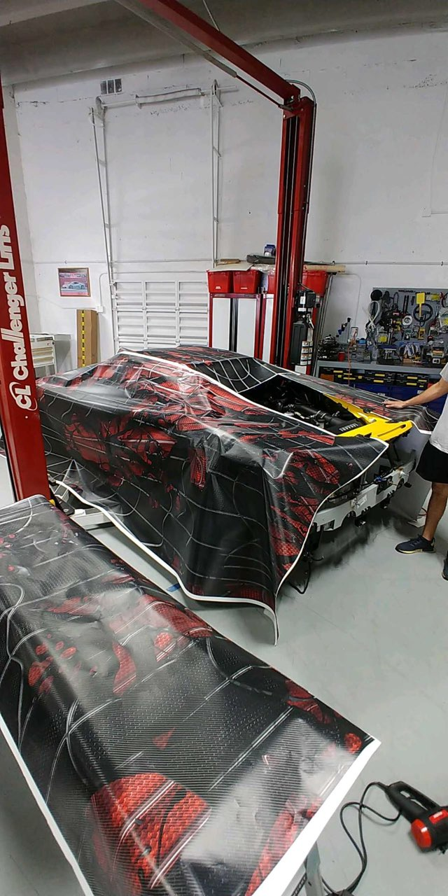custom_graphic_wrap_installation