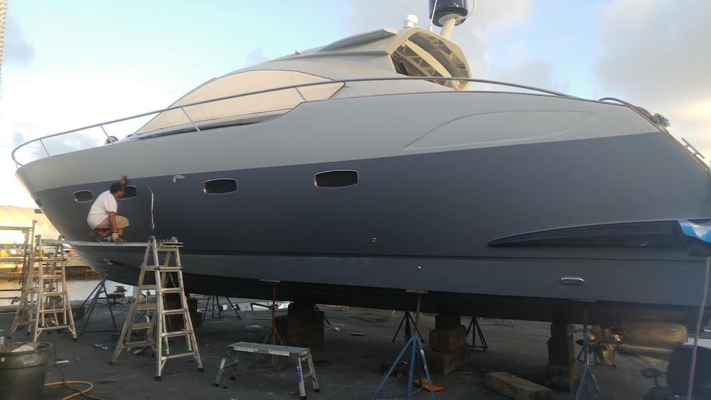 matte-boat-wrap-ft-lauderdale