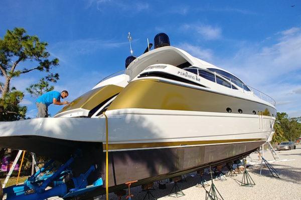 pershing-boat-wrap-florida