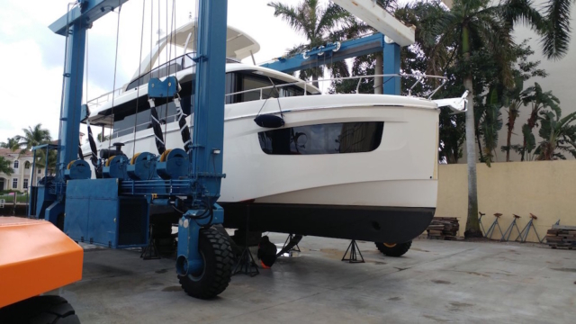 boat-hull-wrap-miami0fl