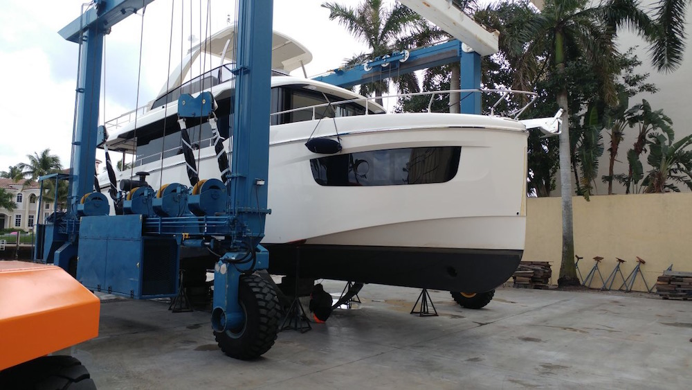 boat-hull-wrap-miami0fl