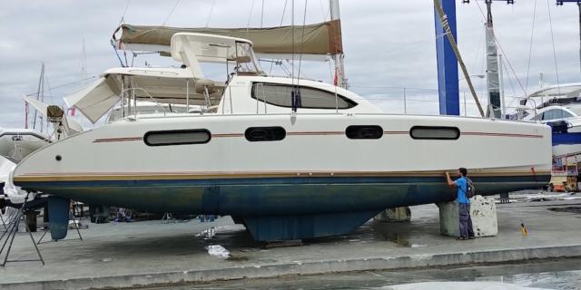 before-vinyl-boat-wrap-tampa-fl