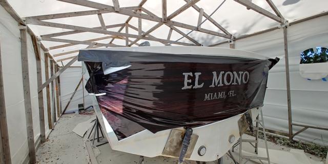 vinyl-wood-boat-wrap