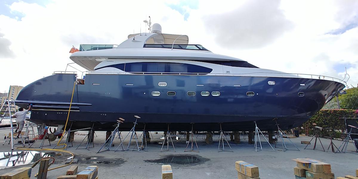 navy_blue_boat_wrap_75_ft